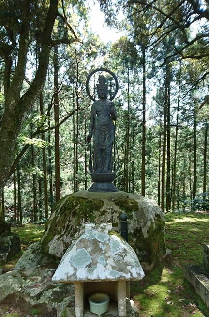 厳島神社との縁起について | 海藏山 龍雲寺